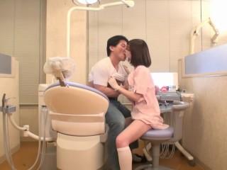 治療中に巨乳を押しつけてくる痴女系歯医者!メガネのに合う美人だけどエッロエロにフェラ開始!セックスまでしてまあうらやましい!|アダルトライフル